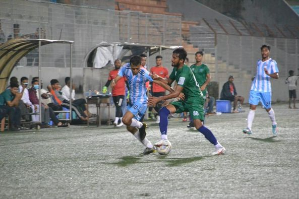 Fakirerpool Youngmen's Club, Dhaka defeated NoFel Sporting Club by 4-1 goals