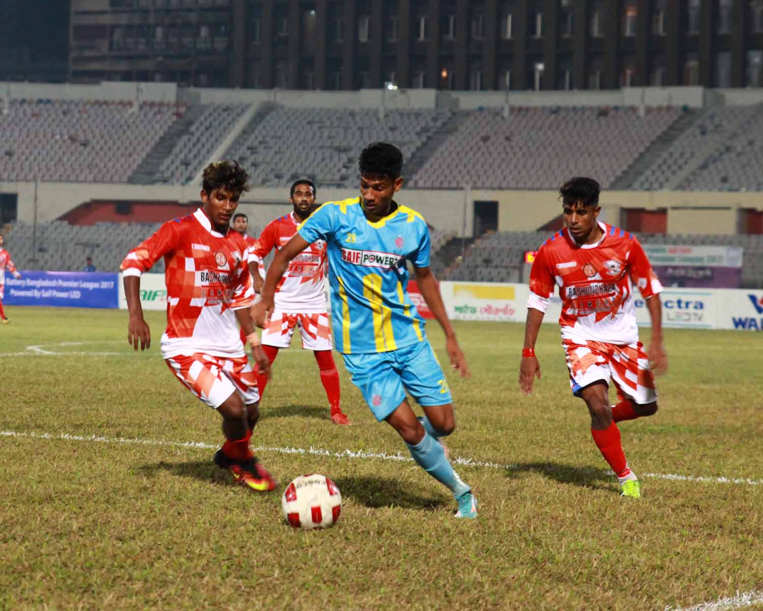 SK Russell hold league leader Ctg Abahoni 2-2