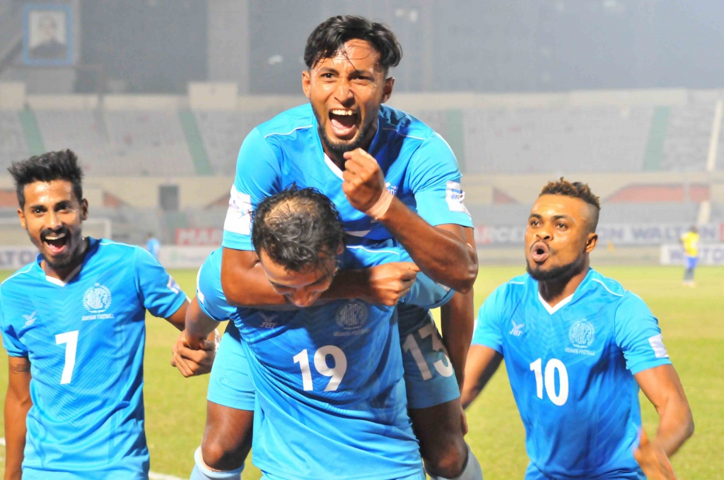 Abahani in final, beat Sheikh Jamal by 4-2 in first semi