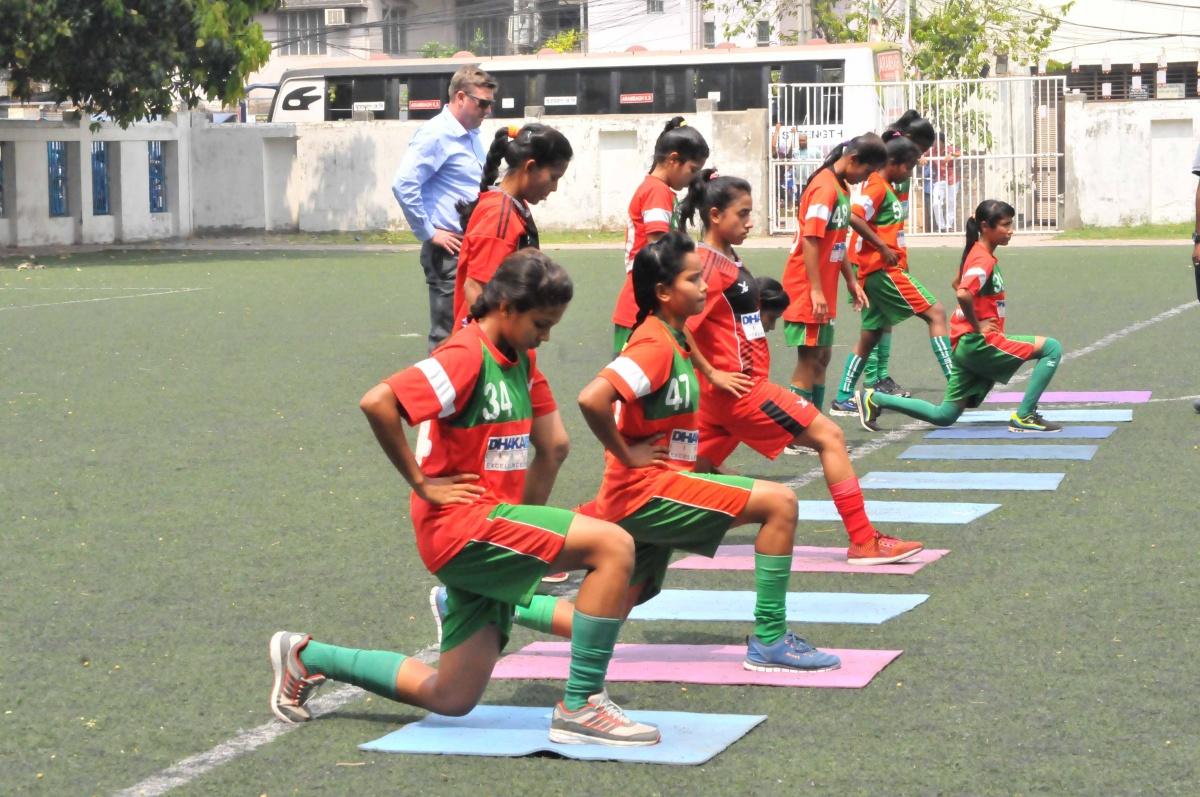 U19 girls resume practice