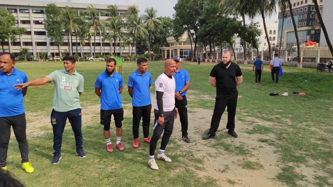 BFF national team's Fitness coach meets Abahani Limited & Bangladesh Police FC